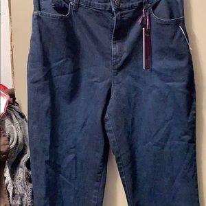 New Gloria Vanderbilt Jeans size 14 stretch Amanda
